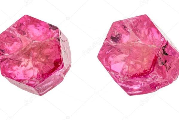 камень биксбит
