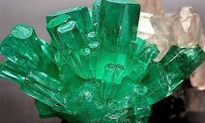 Изумруд — сила зеленного кристалла в магии и целительстве. Кому подходит по знаку зодиака.