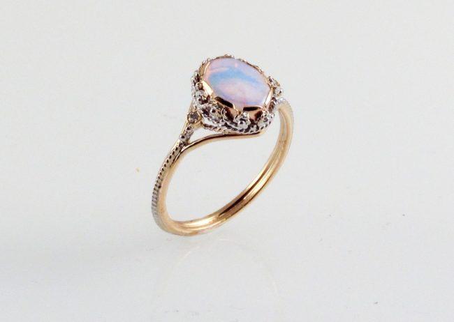 kamen-opal-foto-svojstva-znachenie_10