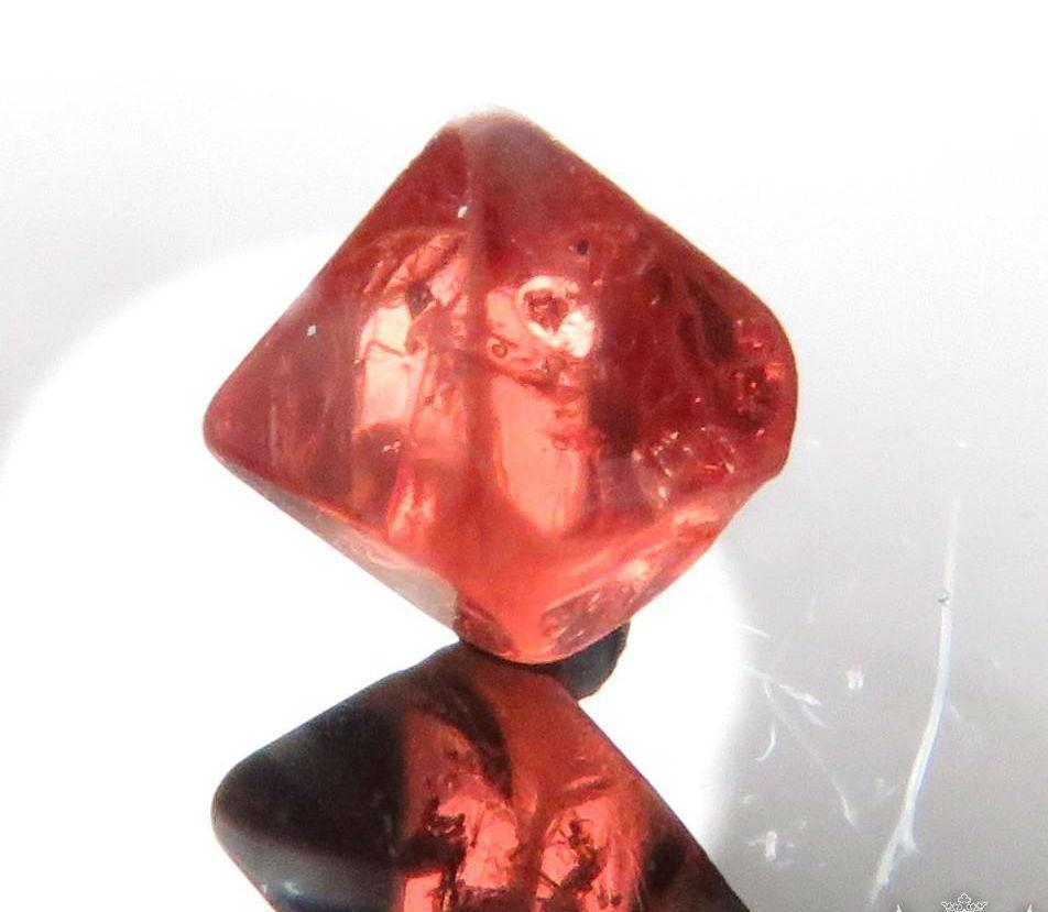 шпинель камень свойства знак зодиака фото сайте представлены