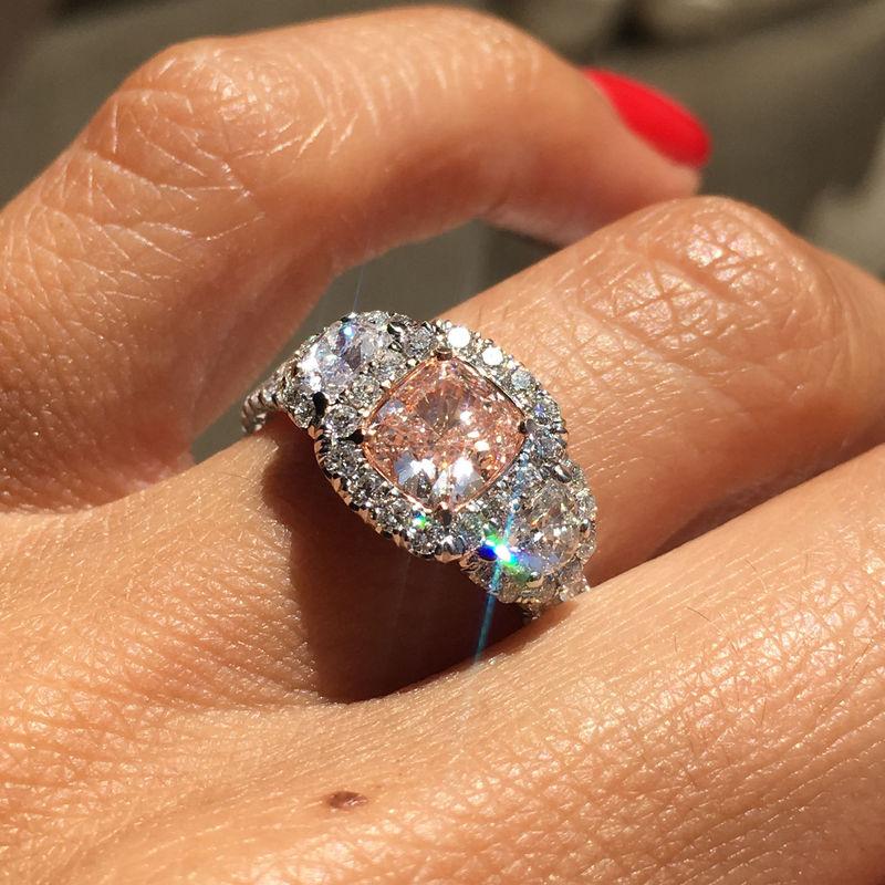 Структурная формула и особенности алмаза