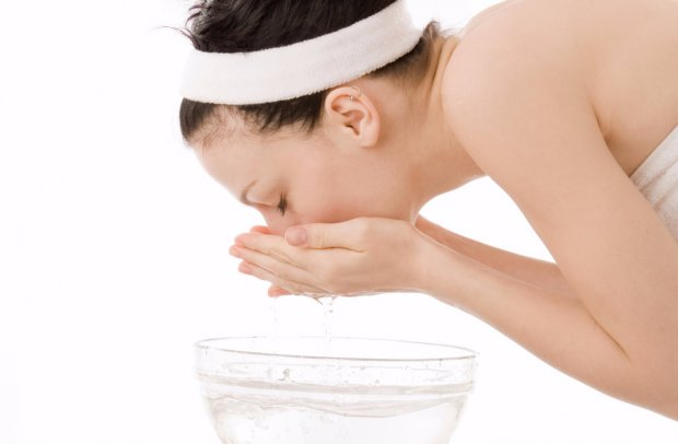 Умывание шунгитовой водой