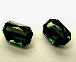 Верделит - темно-зеленый турмалин